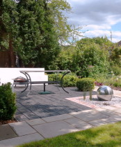 Small garden design ideas with modern design