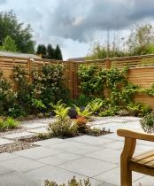 Modern West London Garden, Ruislip, creates an outdoor room for the client: