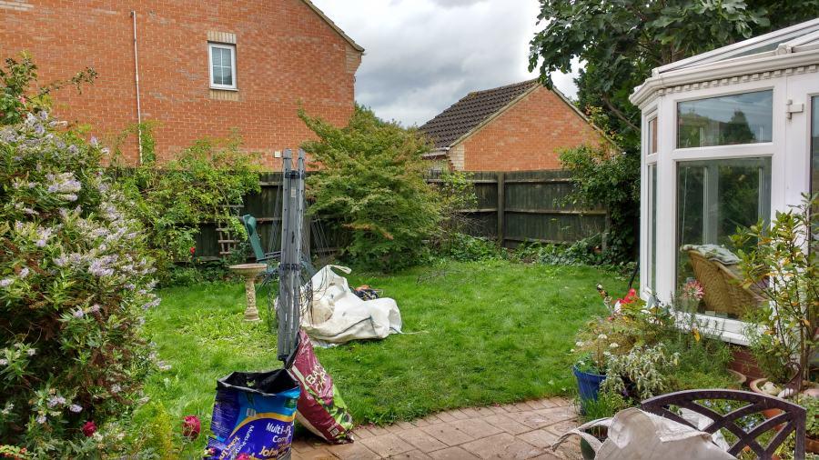 Small back garden -uxbridge