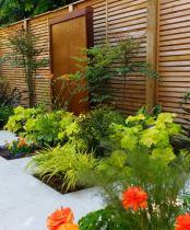 Minimalist Garden calm retreat with wate