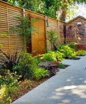 Minimalist Garden - colourful sanctuary