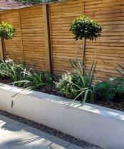 Minimalist Garden Raised bed